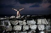 Yoga on the rocks — Stock Photo