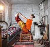 Yoga em casa russa — Fotografia Stock