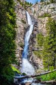 山瀑布 — 图库照片