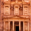 Al Khazneh - the treasury of Petra ancient city, Jordan — Stock Photo #15410631