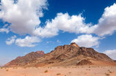 Mountain landmark in Wadi Rum dessert, Jordan — Stock Photo