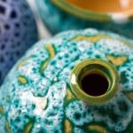 Ceramic pots in glaze — Stock Photo #40064703