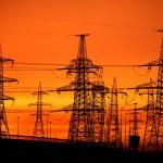 transmisji mocy linii na zachód słońca — Zdjęcie stockowe