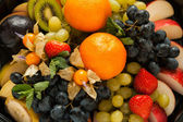 Fresh sweet fruits and berrys — Stock Photo
