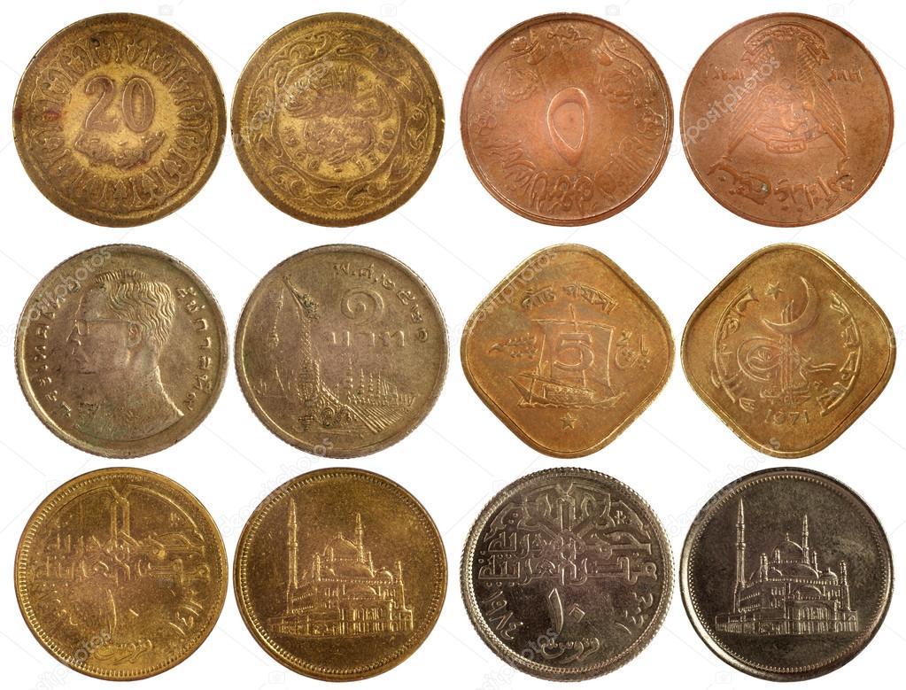 Фотография на тему редкие арабские монеты, изолированные на .