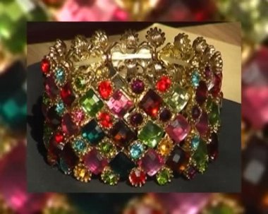 Bracelet with colored stones — Stock Video