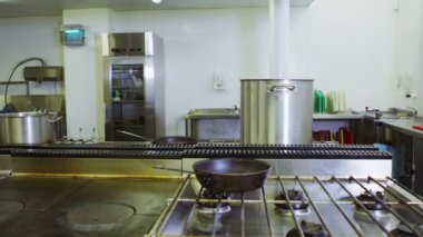 Empty commercial kitchen — Stock Video