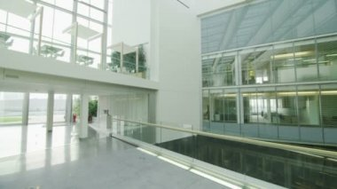 Office building with central atrium — Stok video