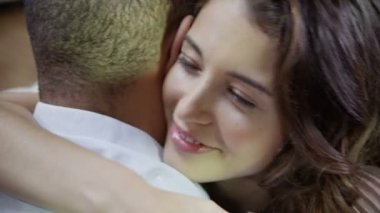 Couple embrace and hold each other — Stock Video