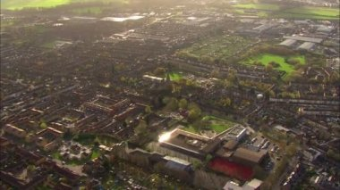 Aerial view above the outskirts of the city of London — Stock Video