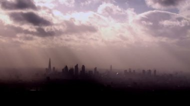 Aerial view of the London skyline on a hazy autumn morning. — Stock Video