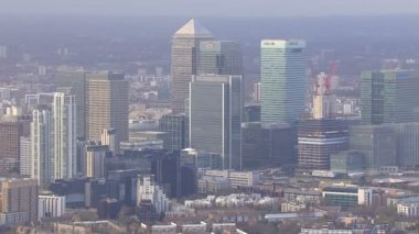 Distinctive towers of Canary Wharf — Stock Video