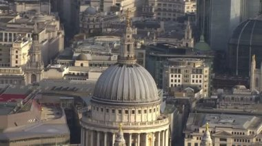 Aerial view above St. Paul's Cathedral in London — Stock Video