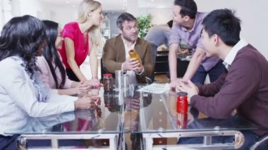 Dynamic young marketing team are brainstorming in a meeting — Stock Video