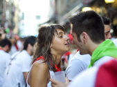 PAMPLONA, SPAIN -JULY 8: Young having fun at the opening — Stock Photo