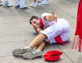PAMPLONA, SPAIN -JULY 6: Young having fun at the opening — Stock Photo