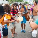 RIO DE JANEIRO - FEBRUARY 11: Street musicians to free 's — Stock Photo #25827487