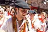 PAMPLONA, SPAIN - JULY 6: Drummers are on the street at opening — Stock Photo