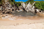 Beach Gulpiyuri, Asturias, Spain — Foto de Stock
