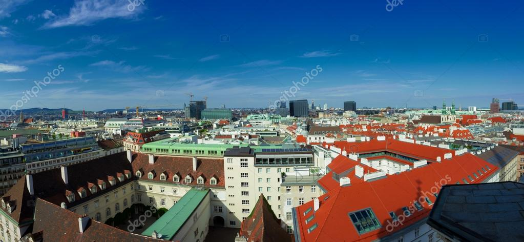 High resolution panorama of Vienna from Stephansdom - cityscape of Austrian capital city. — Stock Photo #12964660
