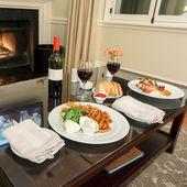 Romantic dining — Stock Photo