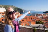 Tourist looking over Dubrovnik, Croatia — Stock Photo