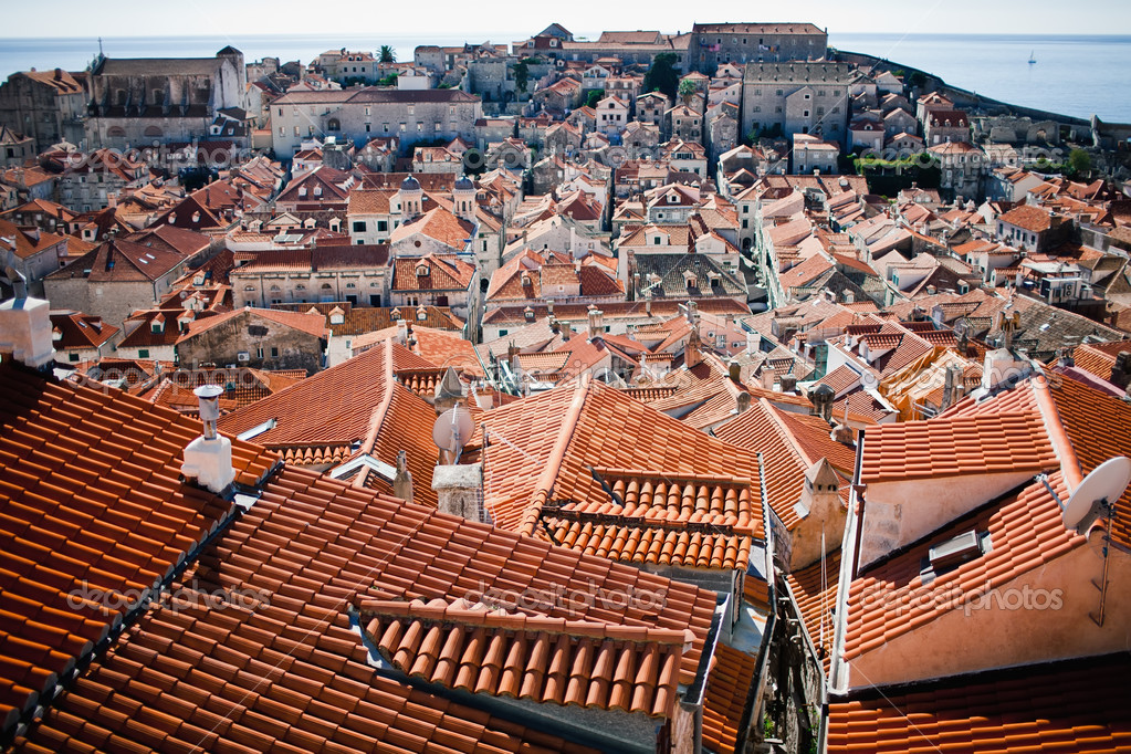 Looking across the rooftops of Dubrovnik, Croatia — Stock Photo #15360413