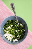 Cottage cheese and fresh herbs for diet food — 图库照片