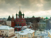 Vieja iglesia en yaroslavl — Foto de Stock