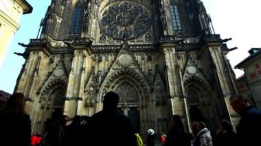 View on old prague cathedral at autumn morning — Vídeo de Stock