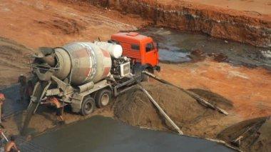 Cement mixer — Stock Video