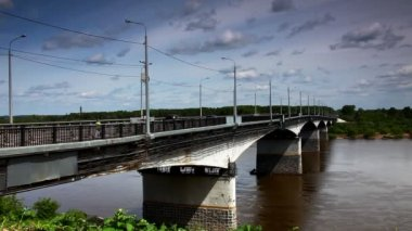Bridge over Vyatka River time lapse — 图库视频影像