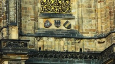 Pan on wall - architecture details of cathedral of historical Prague City — Stock Video #13490734