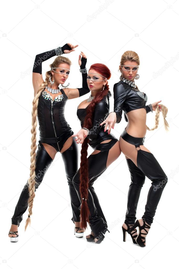 molodie-lateks-lesbi