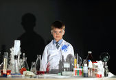 Cute little boy posing as scientist in lab — Photo