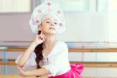 Pretty ballerina posing in Russian kokoshnik — Stockfoto