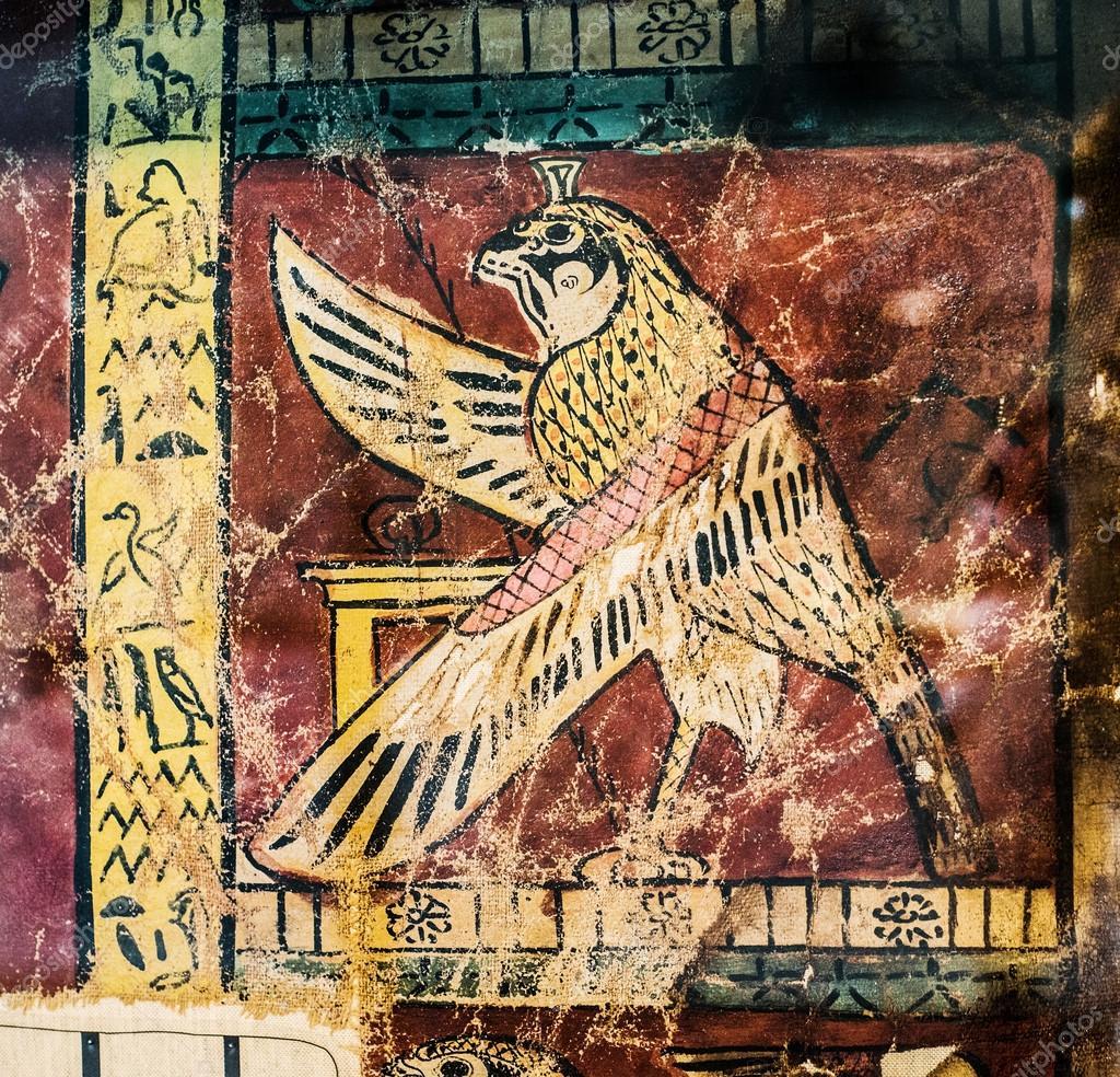 古代埃及绘画与鸟和象形文字– 图库图片