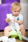 Retrato de bebé adorable — Foto de Stock