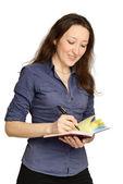 Attraktiva affärskvinna anläggning dokument — Stockfoto
