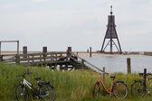 Kugelbarke und Räder — Stock Photo