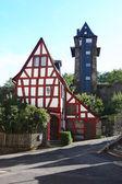 Haus und Turm — Stockfoto