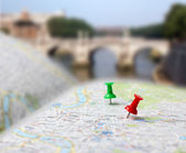 Travel destination map push pins blur — Stock Photo