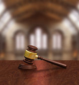 Judges gavel in courthouse, justice concept — Stock Photo