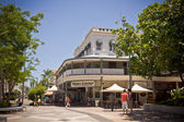 Street scene and architecture in Cairns — Stock Photo