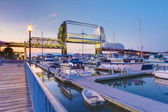 Tacoma downtown marina with bridge and pier. — Stock Photo