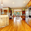 Wood luxury home kitchen interior. New Farm American home. — Stock Photo #20332223