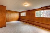 Red wood panel walls empty room — Stock Photo