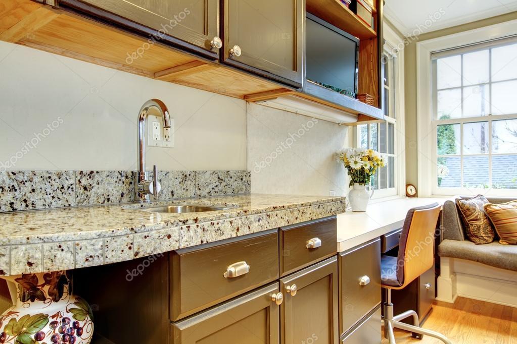 isola Marmo decorazione cucina : Marmo Interior Design: Cucina con isola. Cucina in marmo con isola ...
