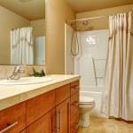 Warm tones bathroom — Stock Photo