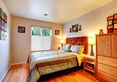 Warm cozy bedroom — Stock Photo